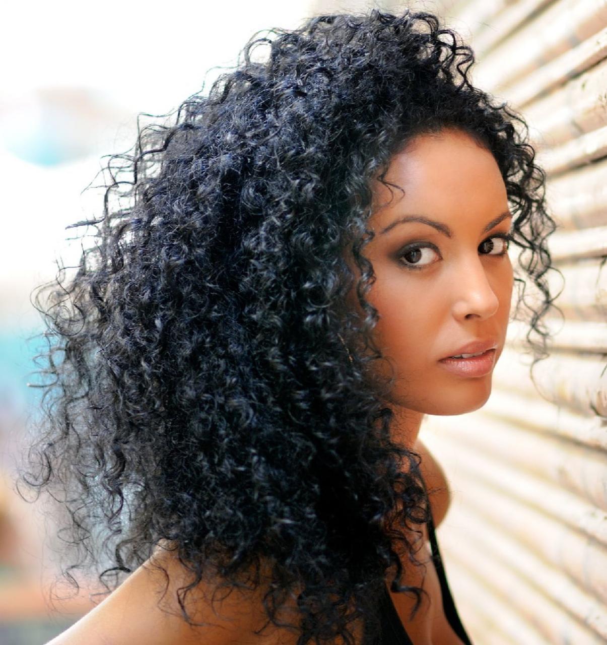 صورة الشعر الكيرلي الطبيعي , افكار تسريحات للشعر الكيرلي