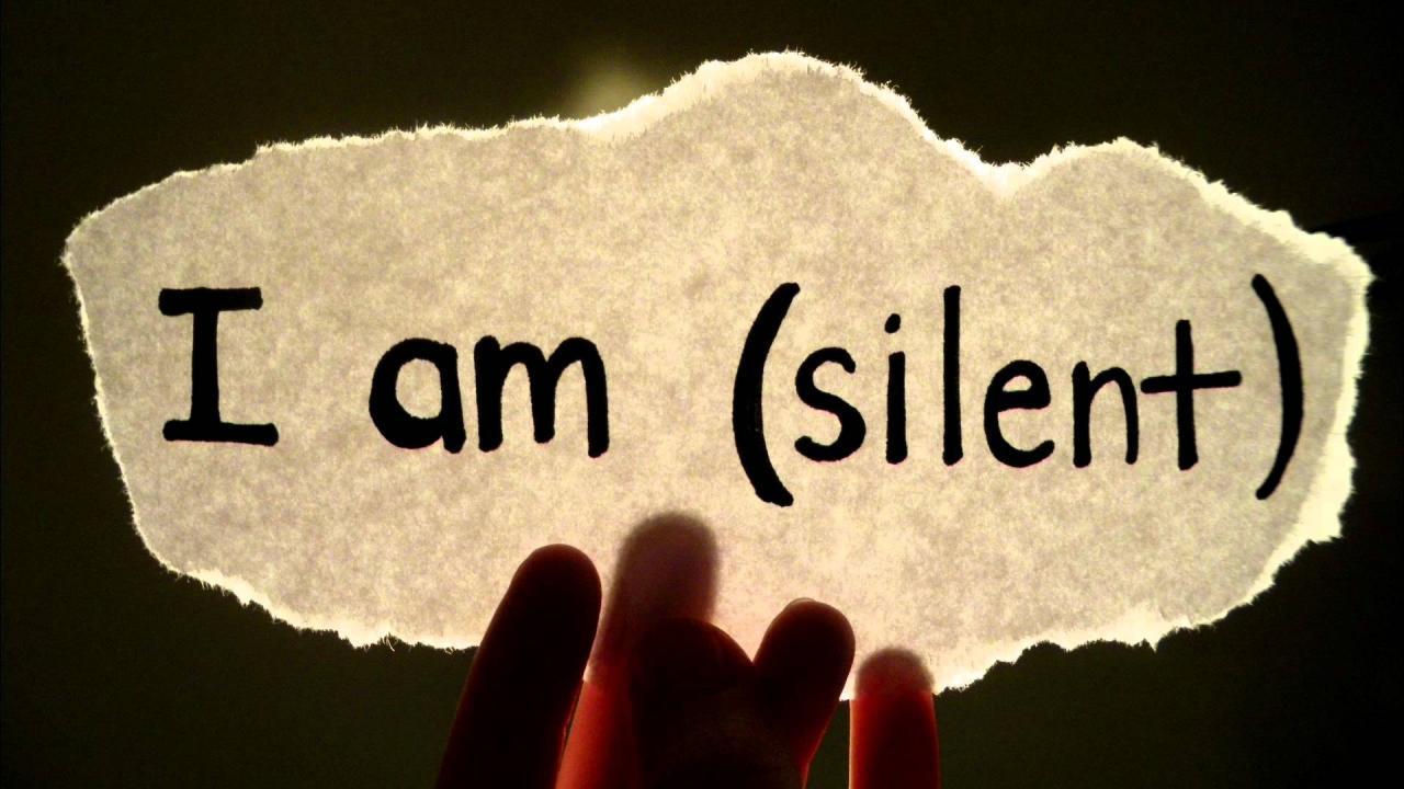 صورة رمزيات عن الصمت , راحتى فى صمتى و البعد عن الكلام