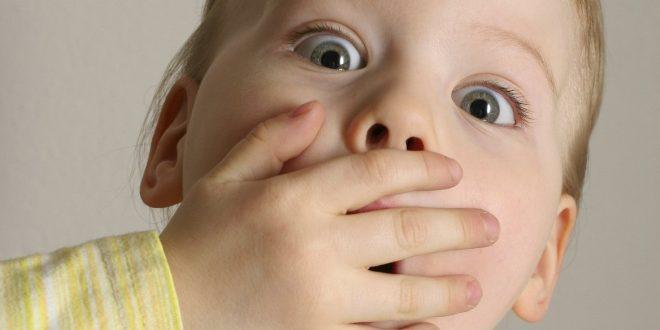 صورة اسباب رائحة الفم الكريهة عند الاطفال الرضع , تخلصى من رائحه فم طفلك بامان
