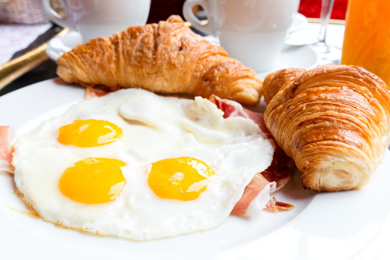 صورة هل البيض يرفع الضغط , شروط اكل البيض لمرضى الضغط