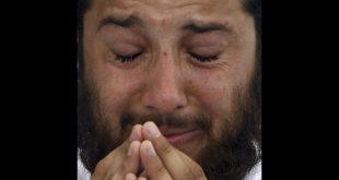 صورة متى يبكي الرجل , اسباب عن بكاء الرجل