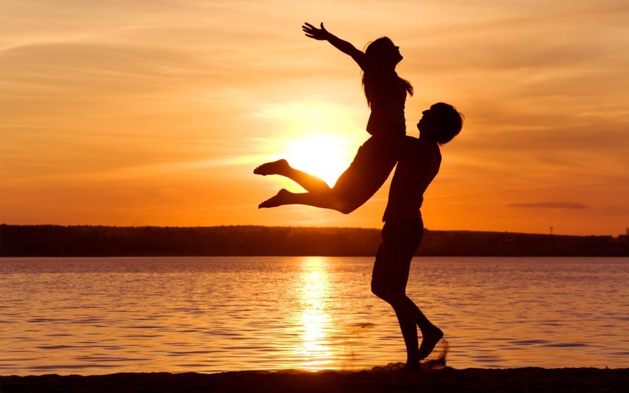 صورة قصة قصيرة رومانسية , عيش الحب الرومانسي الحقيقي