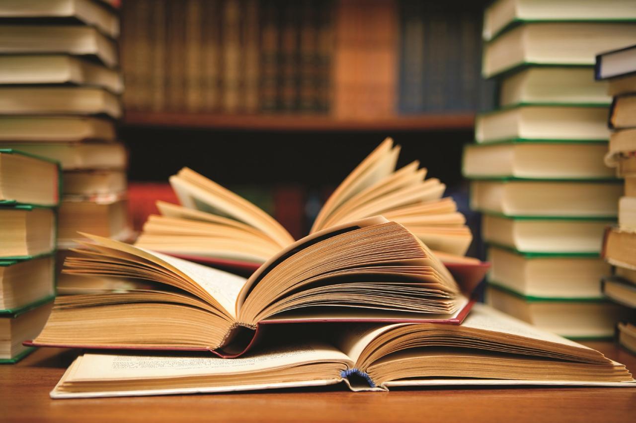صورة افضل الكتب العربية , لا تفوتوا قراءة مجموعه من اروع الكتب العربية