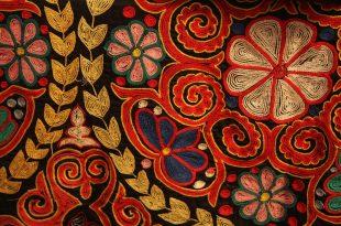 صورة الطرز اليدوي على القماش , تعلمي اساسيات فن التطريز