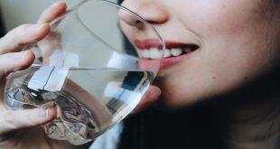 صورة فوائد شرب المياه , اكتشف ما يفعله شرب المياه بجسدك