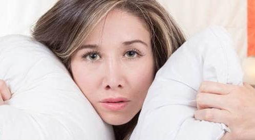 صورة افضل مخدات نوم , تعرف على افضل انواع مخدات النوم